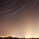 Ilyen az ég Budapesten a díszvilágítás lekapcsolása előtt és után - fotók