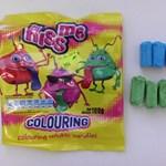 Figyelmeztet a Nébih: hiperaktivitást okozhat a nyelvszínezős cukorka