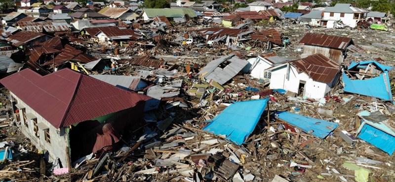 1200 fölé emelkedett az indonéz földrengés áldozatainak száma