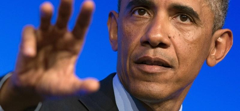 Feldúltan nyilatkozott Obama az oregoni lövöldözés után