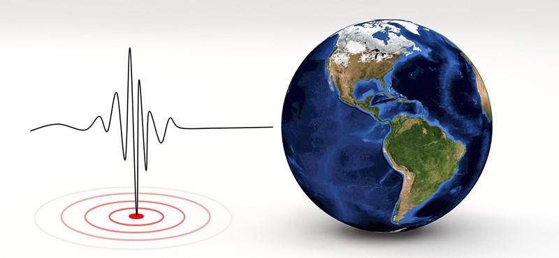Komoly földrengés rázta meg Indonéziát