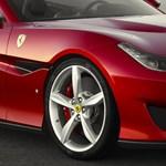 Jaj, máris összetörték az alig kapható Ferrari Portofinót