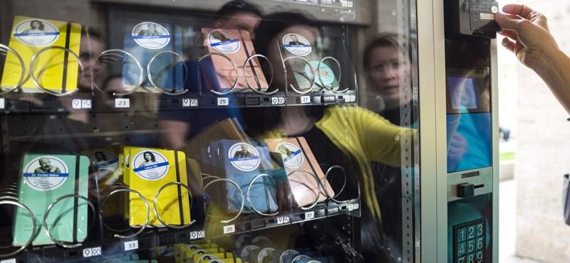 Egy nap után már hiába keresi a POKET automatát a Madách téren