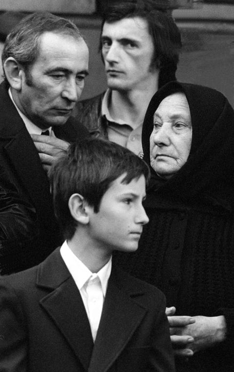 NEHASZNÁLD! Ismerős és ismeretlen képek Szalay Zoltán emkékkiállítás