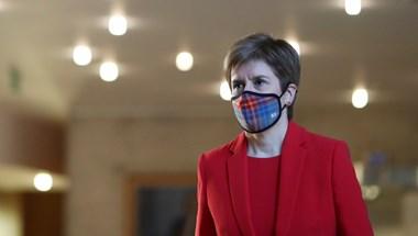 A függetlenséget támogató pártok kerültek többségbe a skót parlamenti választáson