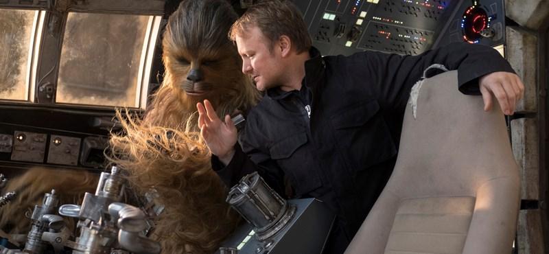 Mindenki megnyugodhat, a rendező szerint semmi fontosat nem lőtt le a Star Wars-előzetes