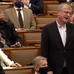 """""""Hideg polgárháború"""" kirobbantásától óvta a Fideszt a parlamentben Gyurcsány"""