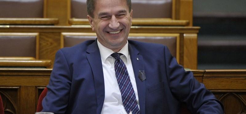 Fideszes reakció Kósa Lajos örökösödési botrányára: Gyurcsány