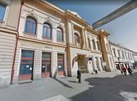 Pécsi épületeket is kap Tombor András tehetséggondozója