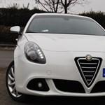 Alfa Romeo Giulietta teszt: jó motor, szép autó, a többi nem érdekes