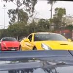 Ilyen, amikor Ferrarik lepnek el egy várost