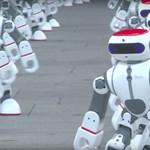 1069 robot táncolt egyszerre, és mindezt videóra is vették