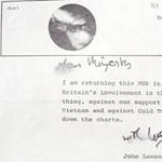 Elképesztő helyen találták meg John Lennon levelét, címzett: a királynő
