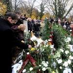 Galéria: eltemették Komár Lászlót