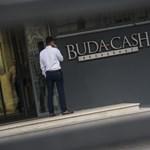 Gyűrűzik a brókerbotrány: kifizetési tilalom két egészségpénztárnál