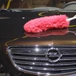Saját magát bünteti az Opel