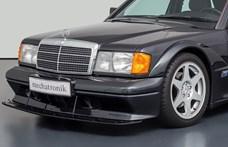 Nem véletlenül kerül 150 millió forintba ez a 30 éves Mercedes 190 E