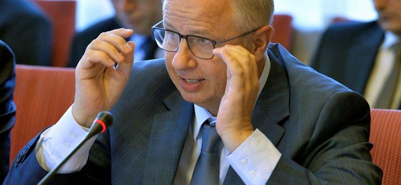 Trócsányi: Nem akarunk olyanná válni, mint Nyugat-Európa