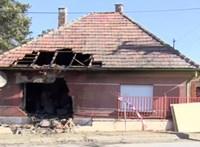 Házba csapódott és kigyulladt egy autó Veresegyházon