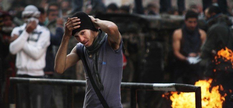 Nem hagyják magukat az egyiptomi tüntetők