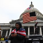 Fülke: Ostrom után Amerika