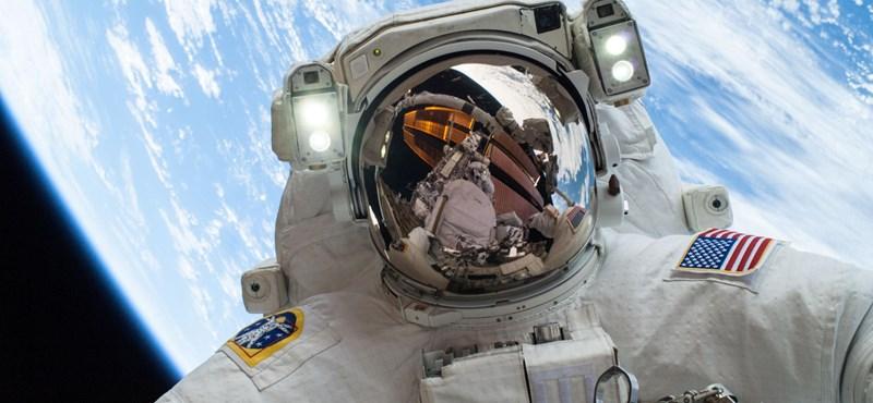 300 kísérletet végeznek el a fejünk fölött keringő űrállomáson, most először felküldik a 3D-s mikroszkópot is