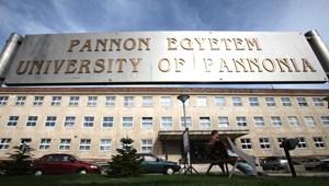 Újabb egyetemek kerülnek alapítványi fenntartásba