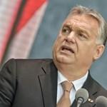 Félmeztelen, baseballütővel fenyegetőző Orbán került egy francia újság címlapjára