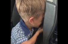 Több ezer ember, köztük Hugh Jackman is védelmébe vette a kisfiút, akit zaklatnak az iskolában