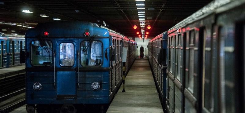 Elindult a 3-as metró kocsijainak felújítása, jönnek a pótlóbuszok