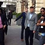 Politikusnak állt Ronaldinho, a választásokon is indulhat