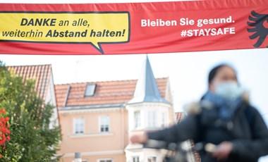Zárlatot rendeltek el egy bajor járásban a koronavírus ellenőrizhetetlen terjedése miatt