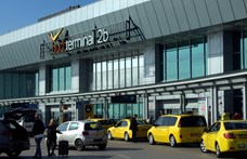 Betiltja a kormány a ferihegyi bádogterminált, ha a reptér nem kezd vele valamit