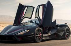 Új rekord: bőven 500 km/h felett száguldott a leggyorsabb közúti autó