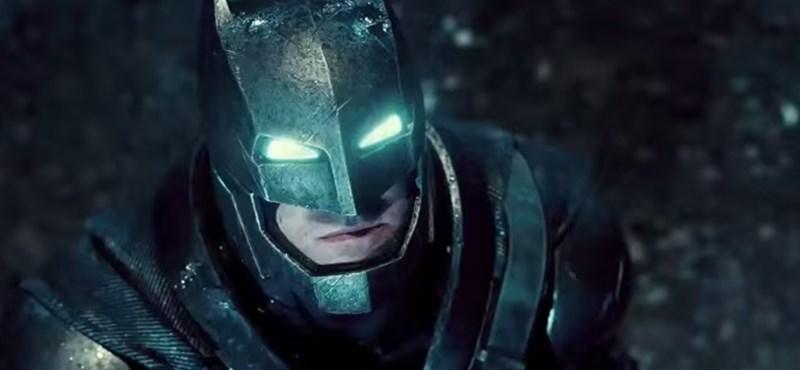 Robothangon szól Ben Affleck Batmanje – előzetes