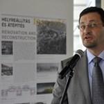 A portást küldte az ellenzéki képviselőkre a budavári polgármester