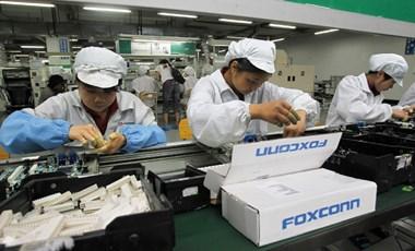 Az Apple-t is elérte a koronavírus, szünetel a munka az iPhone-okat gyártó Foxconnál