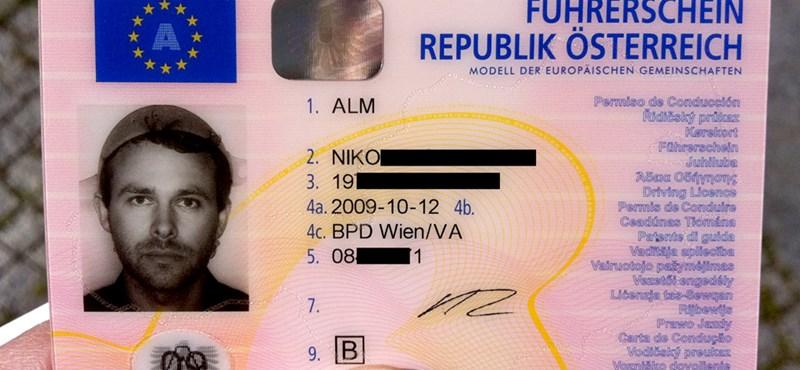 Fotó: tésztaszűrővel a fején szerepel a jogsijában, vallási okokból