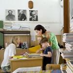 Hoffmann: nincs káosz a tankönyvellátásban