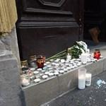 Gyertyás emlékezés az áldozatokra a Szinyei Merse Pál Gimnáziumnál