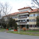 Újabb változás: 200 kilométerre költözött a Kodolányi János Főiskola