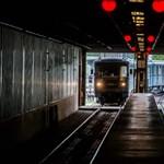 Origo: Megvertek egy idős férfit a 3-as metrón