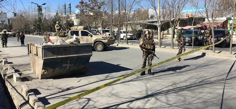 Már 48 halottja van az afgán bombamerényletnek