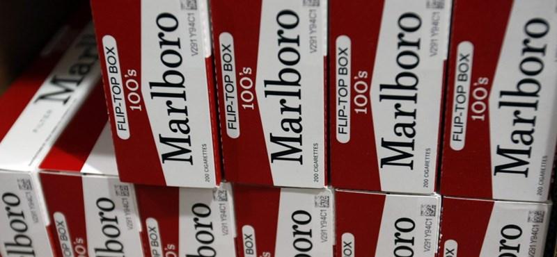 Fél óra alatt egy karton cigaretta - lebuktak a kreatív bűzrúdgyártók Gyöngyösön