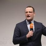 A melegeknek üzent a német egészségügyi miniszter: Rendben vagytok úgy, ahogy vagytok