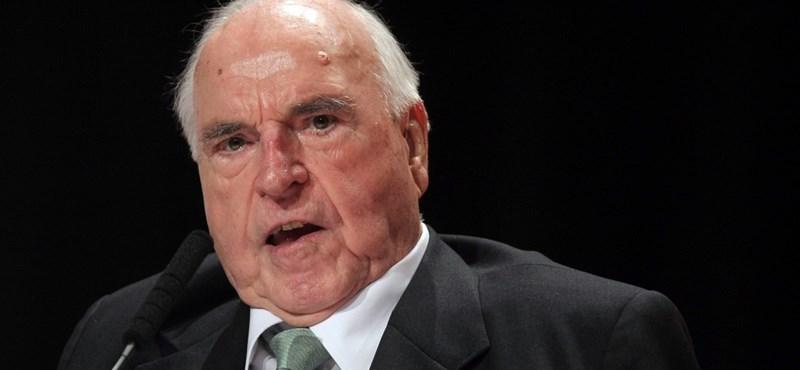 Helmut Kohl özvegye Orbánt akarta Merkel helyett