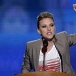Scarlett Johansson: az internet egy sötét féregjárat, ami önmagát zabálja fel