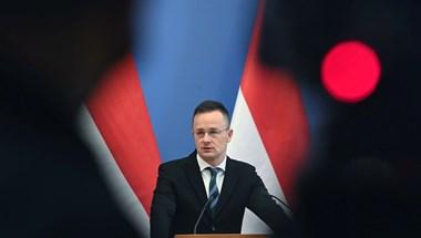 """Fenyegető levelet kapott több ukrajnai magyar képviselet, hogy ha Szijjártó odautazik, akkor """"cselekedni fognak"""""""