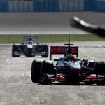 Hamilton: ez így nem mehet, a McLaren nem képes kockáztatni