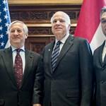"""McCain Budapesten: """"aggályok merültek fel, és néhány aggály súlyos"""""""